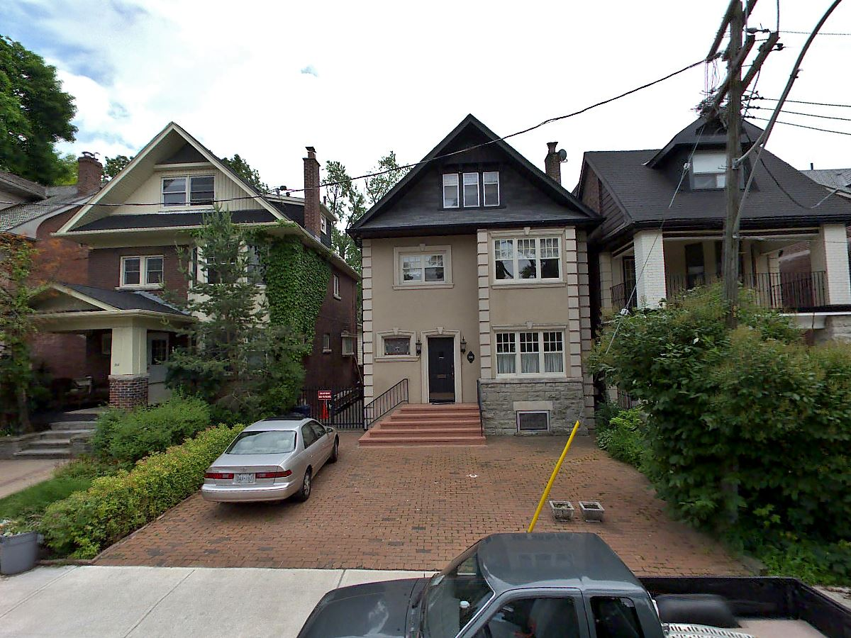 SOLD: 305 Lonsdale Road